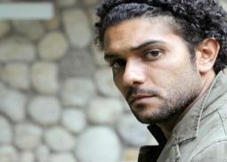 فيديو- سبب معاناة آسر ياسين مع الكتب الصوتية
