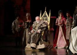 """يحيي الفخراني يختتم عروض العيد لمسرحية """"الملك لير"""""""