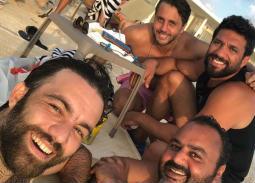 شيكو عن صورة مع الرداد وهشام ماجد بالساحل: في الصيف لازم نحب