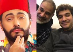 بسبب تامر حسني... محمود البزاوي لابنه: هولع فيك