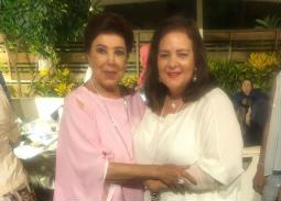 رجاء الجداوي تحتفل بعيد ميلادها وسط الأصدقاء