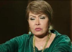 بالصور- سبب بكاء لوسي في مهرجان الإسكندرية
