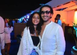 أحمد حلمي عن ابنته: فخور بيكي وأتمنى تحققي حلمي