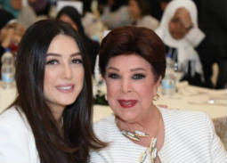 صورة- كندة علوش ورجاء الجداوي تدعمان مبادرة لتيسير الزواج