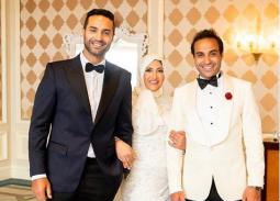 أحمد وكريم فهمي مع والدتهما