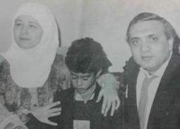 زوج والدة هيثم زكي: لا أعرف  خطيبته وتواصلت مع نيللي ونورا للتأكد