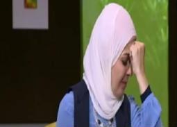 """بالفيديو- لحظة انهيار منى عبد الغني في جنازة هيثم زكي.. """"دا ابني"""""""