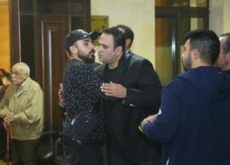 النجوم في عزاء والد أكرم حسني