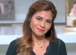 بالفيديو- انهيار سالي فؤاد على الهواء