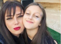 صورة- رضوى الشربيني عن ابنتها: كبرت وبقت صحبتي