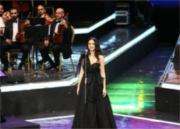 بالصور-  فايا يونان تروي حكايا القلب في مهرجان الموسيقى العربية