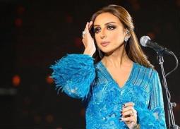 أنغام تستعيد ذكرياتها على المسرح مع رجاء الجداوي