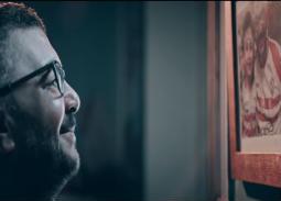 كواليس لقطة أعيد تصويرها 6 مرات في أغنية الزمالك بسبب البكاء