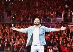 بالصور- تامر حسني يتألق في حفل جدة