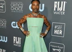 خطف الممثل بيلي بورتر الأنظار بفستانه الأخضر!