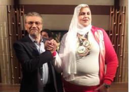 فيديو- عمرو الليثى يتحدى المرأة البلدوزر