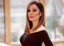 وفاء الكيلاني تنتقد الصحافة بسبب جنازة رجاء الجداوي