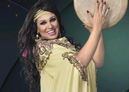 """رجاء الجداوي ضحية فيفي عبده في """"خلي بالك من فيفي """" الليلة"""