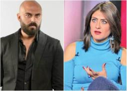 فيديو- خناقة زوجية... مشهد تمثيلي لأحمد صلاح حسني وهيدي كرم على الهواء