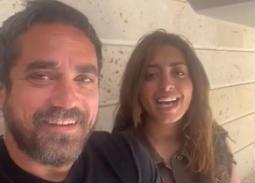 فيديو- أمير كرارة يغني بصوت شقيقته