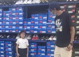 فيديو- رقصة محمد علاء وابنته
