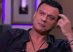 عباس أبو الحسن يعلق على إلغاء حظر التجوال: ورقة توت ستسبب فوضى عارمة