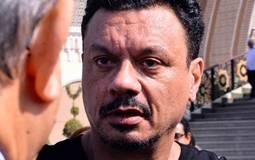 عباس أبو الحسن.