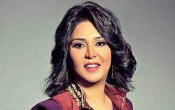 بالفيديو- هكذا تتعامل ابنة نوال الكويتية مع معجبي والدتها