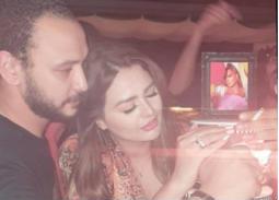 فيديو- أحمد خالد صالح يفاجئ هنادي مهنى بالاحتفال بعيد ميلادها