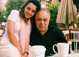 أشرف زكي وابنته