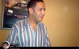 """أشرف عبد الباقي يتوقف """"على جنب"""" بهموم الشعب المصري"""