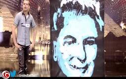 """التونسي وائل عبد الهادي يرسم علي جابر بعد 20 سنة على مسرح """"Arabs Got Talent"""""""