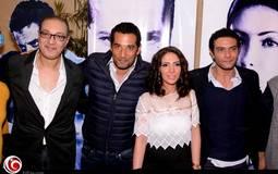 من اليمين: آسر ياسين ومنى زكي وعمرو سعد والمنتج ول