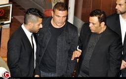 عمرو دياب ومحمد فؤاد حرصا على الوقوف بجانب محمد حماقي قي هذه اللحظة الحرجة