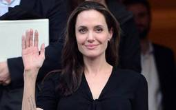 أنجلينا جولي ترد على مهاجمي فيلمها الجديد: الإدعاءات كاذبة