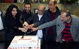 """بالصور- """"الفندق"""" يجمع محمد نجاتي مع علا غانم ومروة اللبنانية"""
