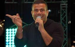 """أفيخاي أدرعي يشيد بألبوم عمرو دياب """"أحلى وأحلى"""""""