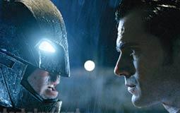 Batman v Superman: من هم أبطال الفيلم ولماذا يتقاتلون؟