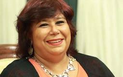 هل تنفذ وزيرة الثقافة إيناس عبد الدايم ما طالبت به الوزراء السابقين؟