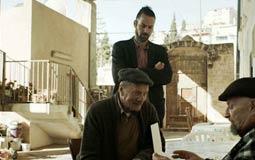 """فيلم """"واجب"""" من فلسطين يفوز بجائزة أفضل فيلم بمسابقة """"المهر الطويل"""" في """"دبي السينمائي"""""""