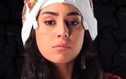 """آيتن عامر في """"العهد"""" تهون على المشاهد غموض الأحداث"""