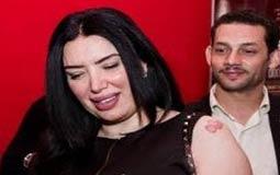 """بالصور- عبير صبري تقطع لجمهور السينما تذاكر """"اللي اختشوا ماتوا"""""""