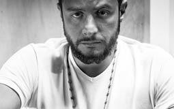 بالفيديو- 7 تصريحات مثيرة للجدل من أحمد الفيشاوي.. تناول المخدرات ويؤيد العلاقات الجنسية قبل الزواج