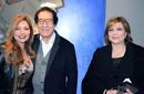 فاروق حسني وليلى علوي وآمال عثمان في المعرض