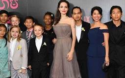 أنجيلينا جولي برفقة أبنائها الـ 6 في العرض الخاص