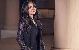 """انجي علاء سعيدة بردود الأفعال عن تصميماتها لأزياء  """"بني آدم"""""""