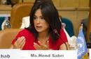 """بالصور: هند صبري تطالب بعرض """"أسماء"""" في المدارس"""