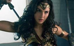 بالصور- فيلم Wonder Woman يقع في هذا الخطأ الفني بسبب كوب بيرة