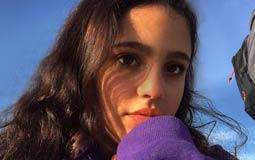 بالفيديو- جنا إبنة عمرو دياب تسجل أغنية جديدة