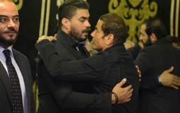 عمرو دياب يحتضن خالد سليم
